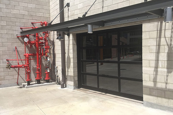 image of aluminum door at storefront