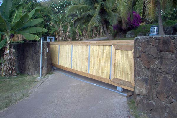 image of custom gate by Raynor