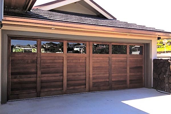 image of residential wood garage door by Raynor