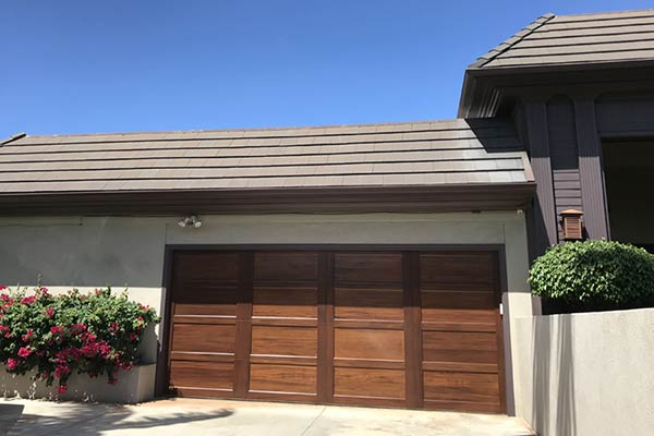 image of wooden garage door by Raynor